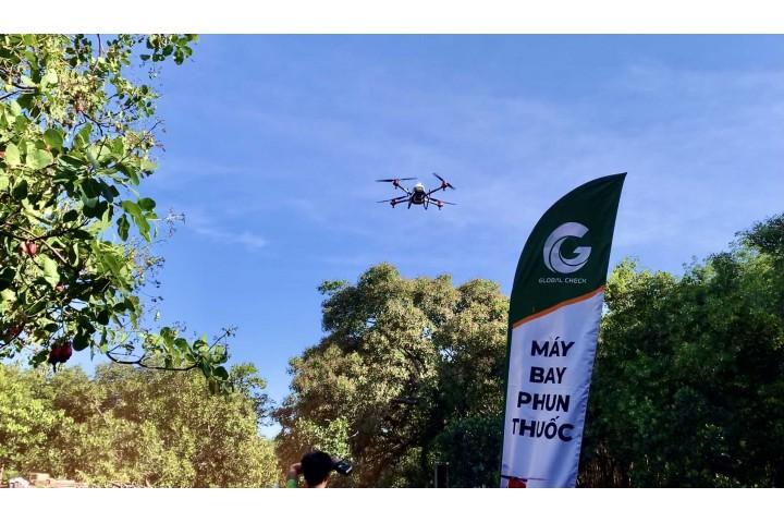Chiến dịch phun thuốc diệt trừ sâu bệnh cho cây điều bằng máy bay nông nghiệp PGxp 2020