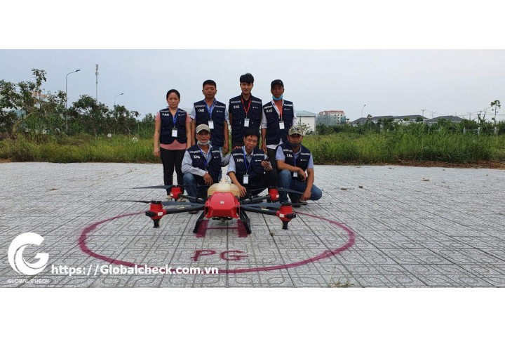 Lớp học 4.0 của những người hùng Drone, lão nông Miền Tây