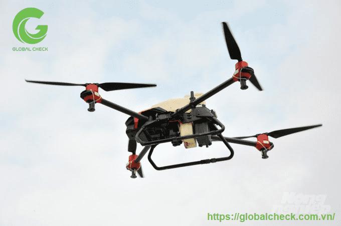 drone phun thuốc trừ sâu hiệu quả cao