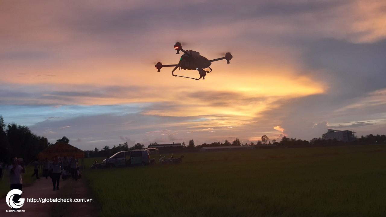 dao tao phi cong lai drone cho loc troi