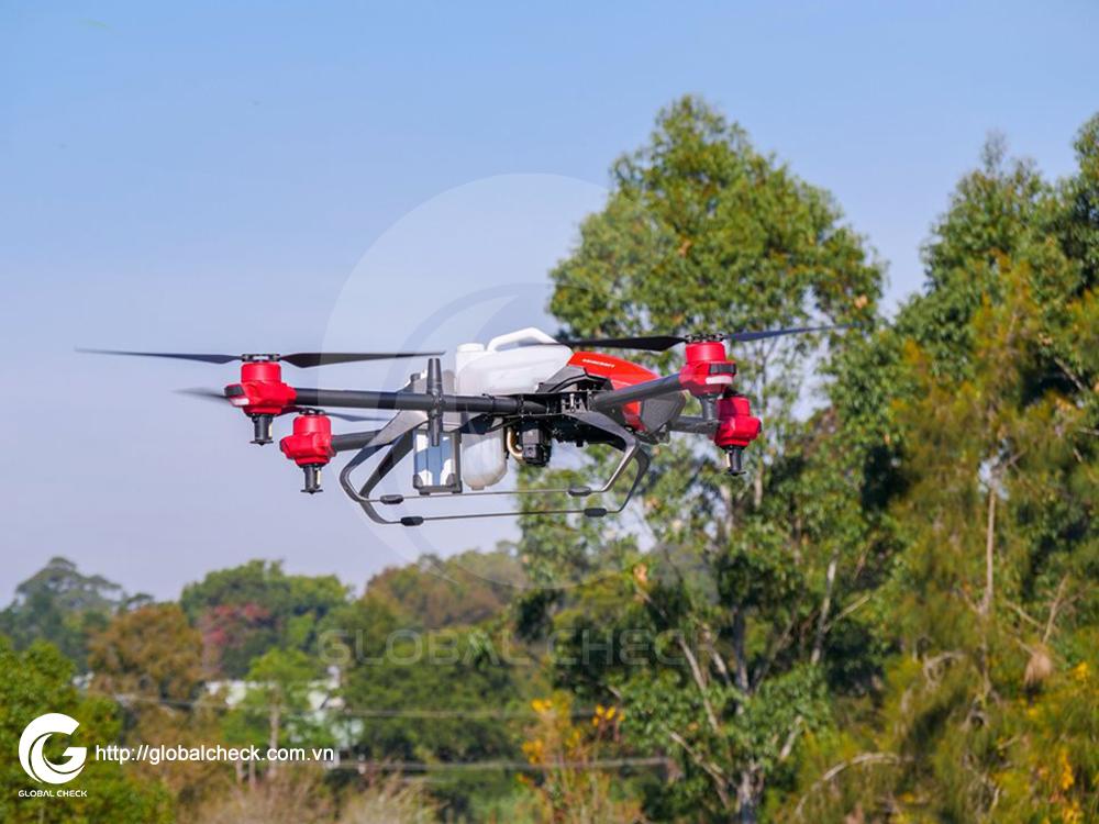 P-Global check - máy bay nông nghiệp phun tưới thuốc trừ sâu phù hợp để làm dịch vụ phun thuê.